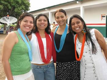 Luara, her mother Martha, John Stokes, Isabel Taukane and Eliane Brasileiro