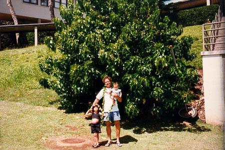 John Stokes with his children Jade and Kainoa.